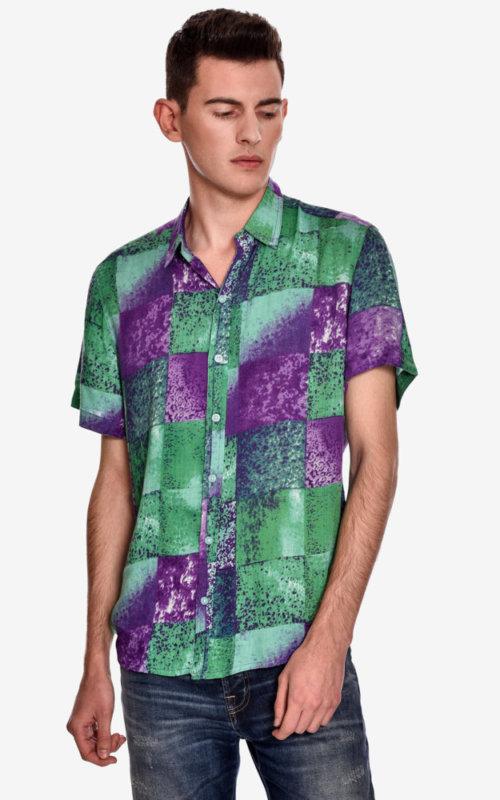camisa-manga-corta-estampado-rock-poseidonia-morada