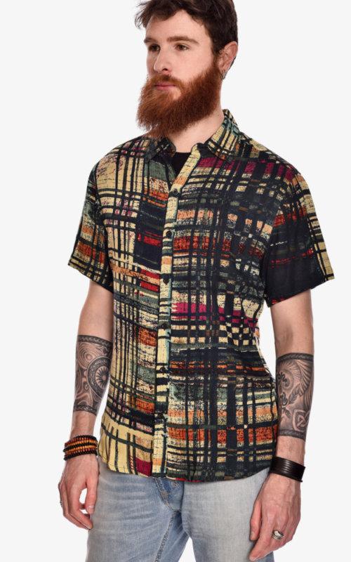 camisa-manga-corta-estampado-rock-trama