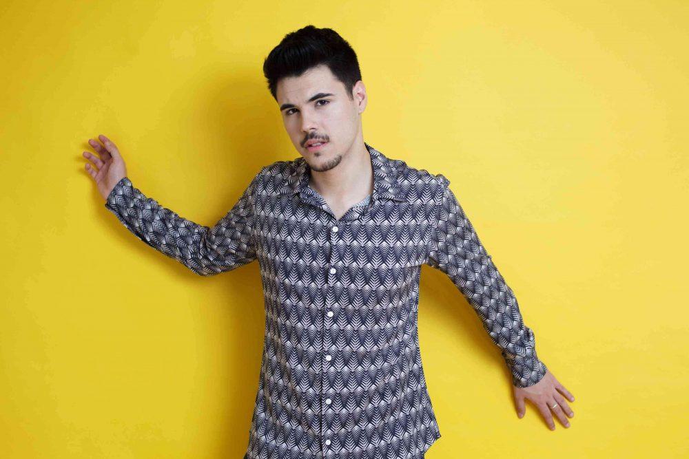 La Camisa Espigas es de manga larga y corte recto. Tejido fluido, de tacto suave y fácil planchado. Más Masala
