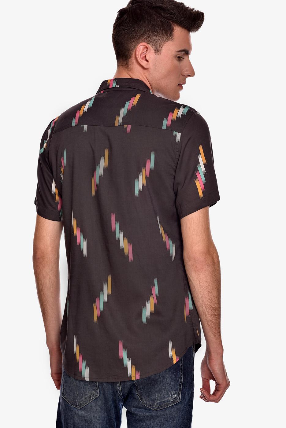 camisa-manga-corta-estampado-rock-laser